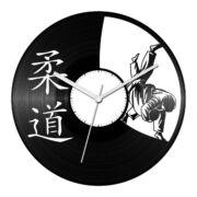 Judo bakelit óra