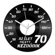 Autós szülinapi bakelit óra - 70 felett