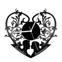 Szerelmes szív bakelit óra