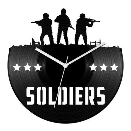 Katonák bakelit óra