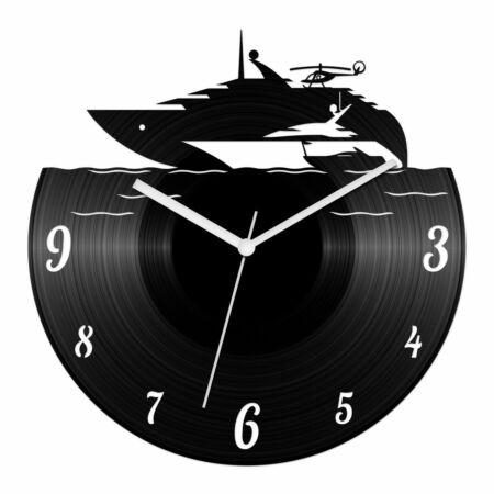 Jachtos bakelit óra