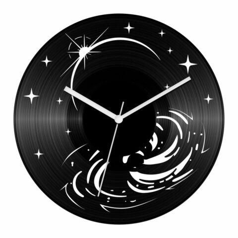 Univerzum bakelit óra